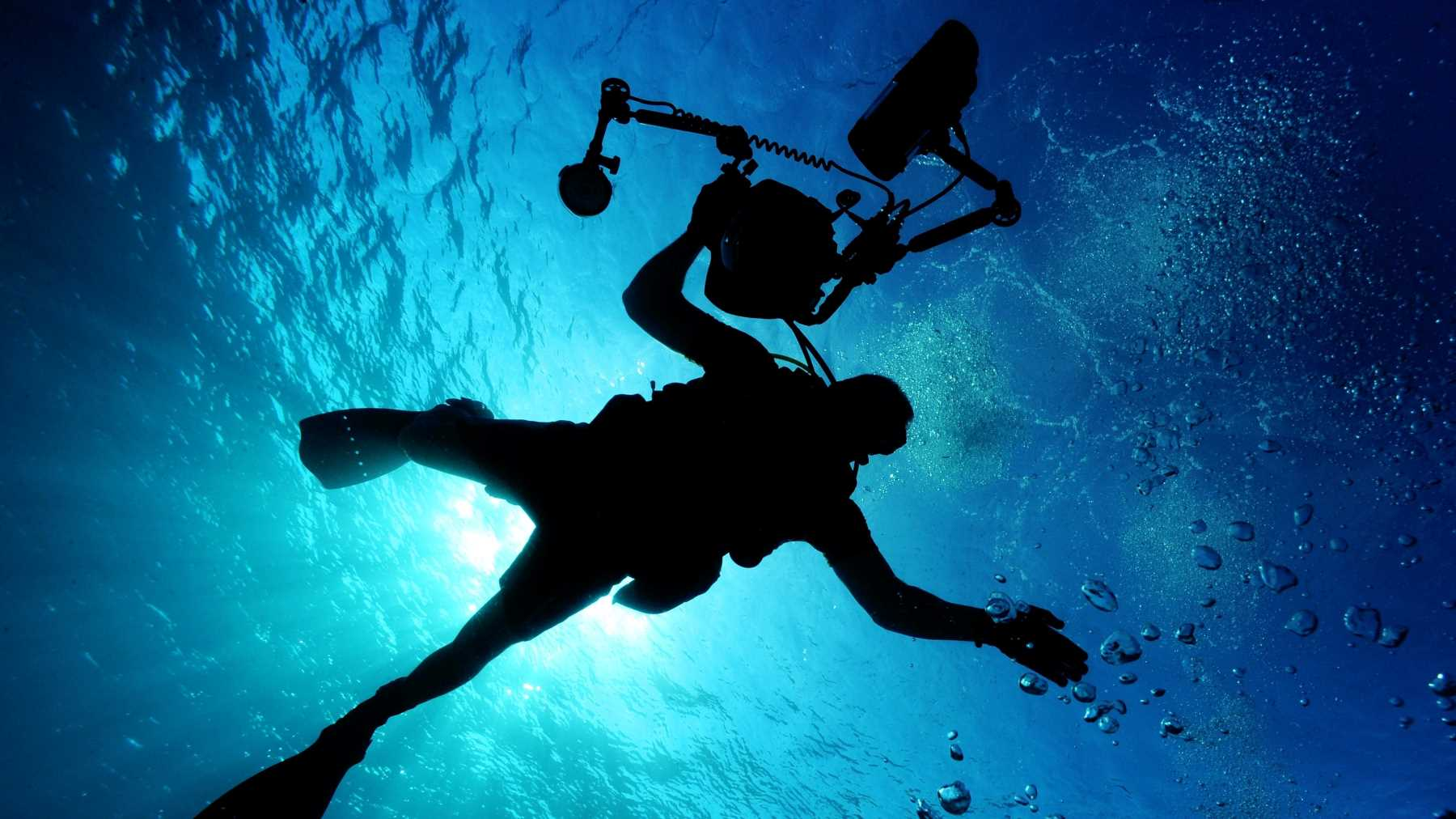 Finding the right underwater video arms